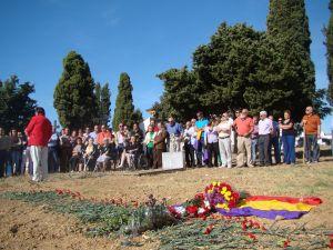 Inauguración de un mausoleo por los represaliados del franquismo
