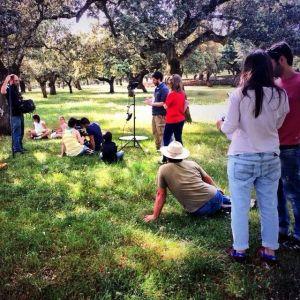 Escenarios de Bodonal de la Sierra y Fuentes de León acogen el rodado de la webserie 'Follow'